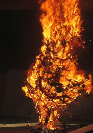 burning_xmas_tree